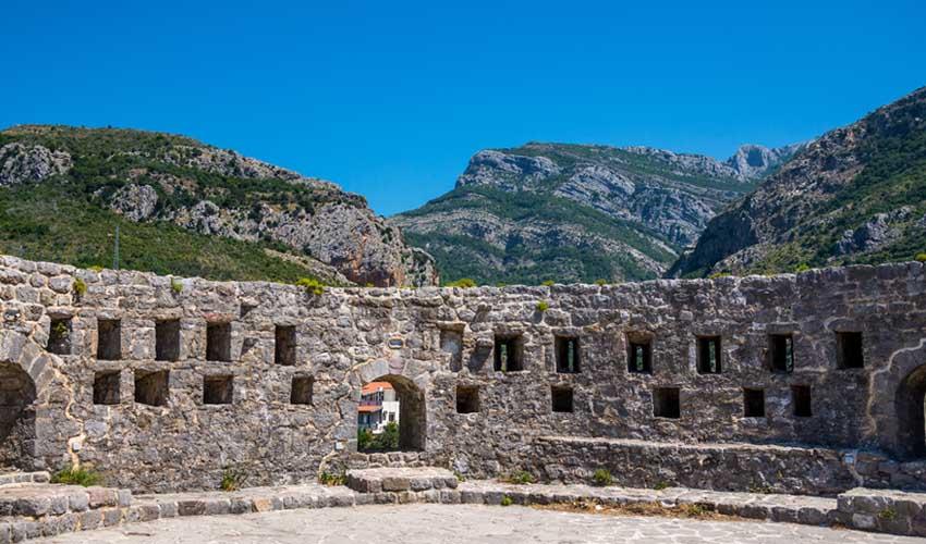 montenegro a faire ruines de stari bar