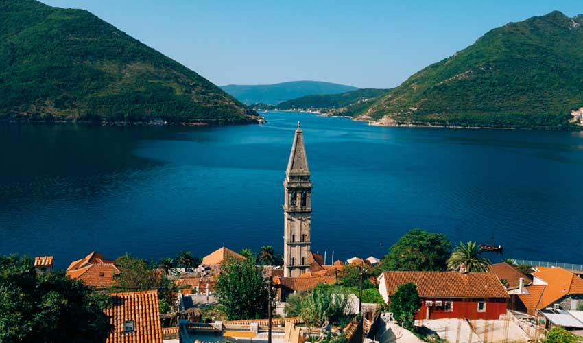 montenegro pas manquer perast st nicolas church