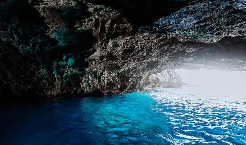 montenegro pas manquer grotte bleue