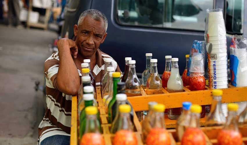 republique dominicaine pas cher manger local et a moindre cout frituras, paradas,comedores