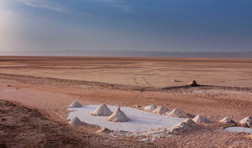 tunisie pas manuer desert lac de sel seché chott el djerid