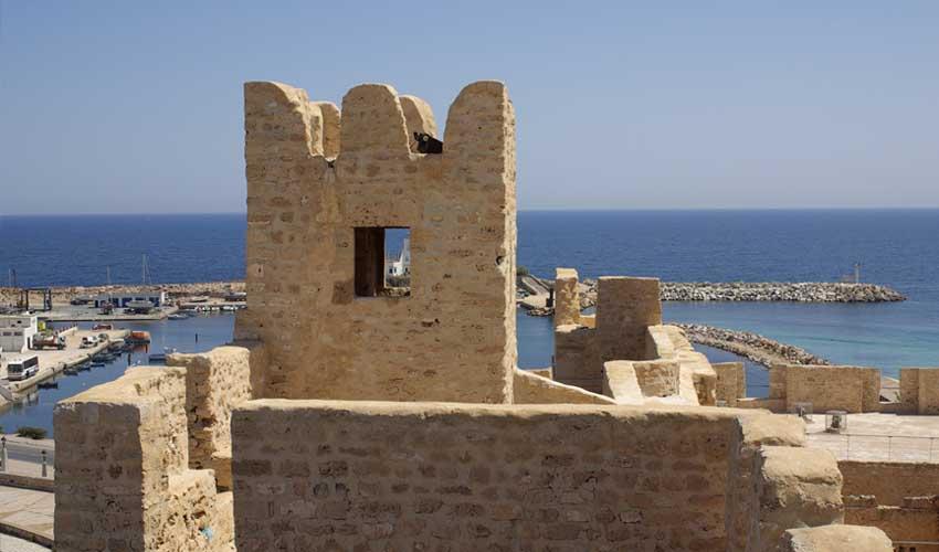 tunisie pas manquer ribat monastir