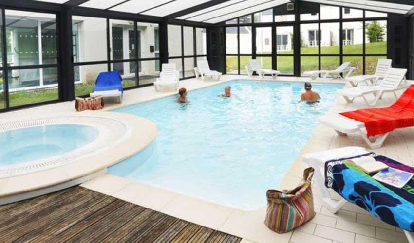 Résidence Nemea d'Audierne - piscine intérieure chauffée