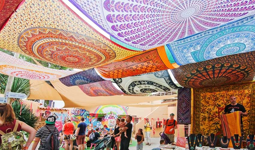 ibiza pas manquer marché hippie punta arabi