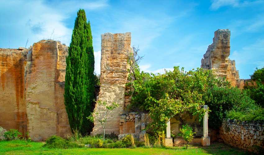 minorque pas manquer Lithica - Pedreres de s'Hostal jardin et labyrinthes