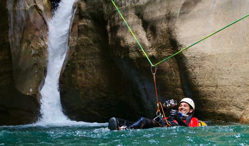 campings tohapi vacances montagne canyoning activites sportives