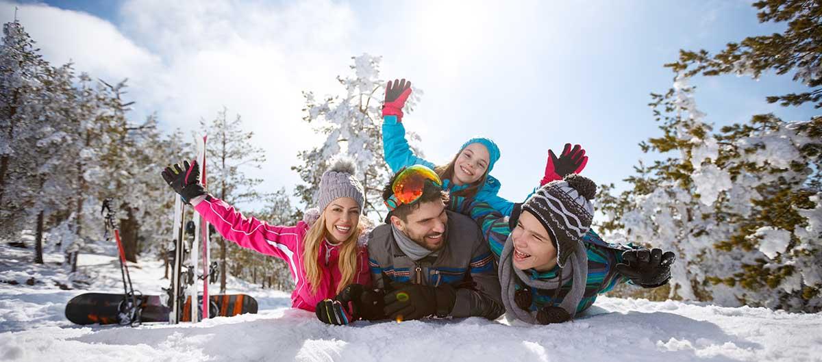 Huttopia, vacances d'hiver à la montagne en famillle
