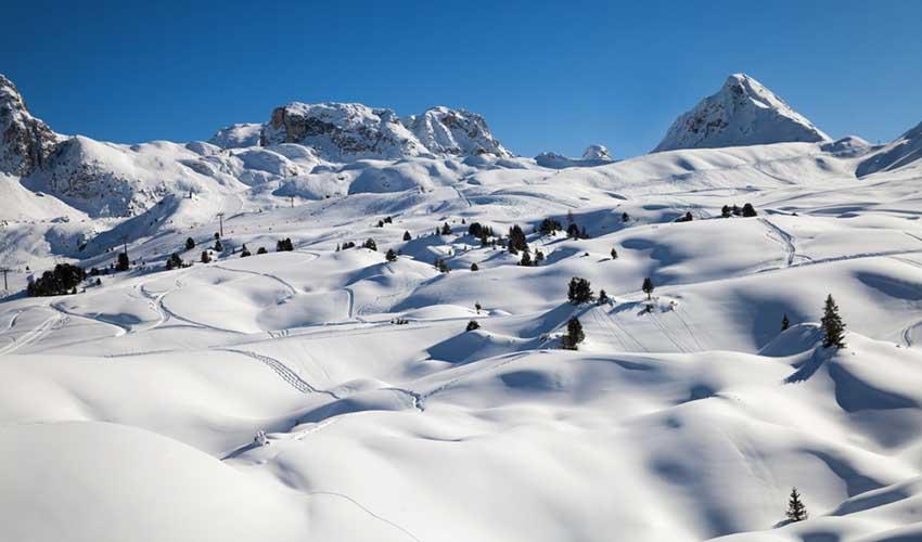 Le domaine skiable de Paradiski dans les Alpes, France