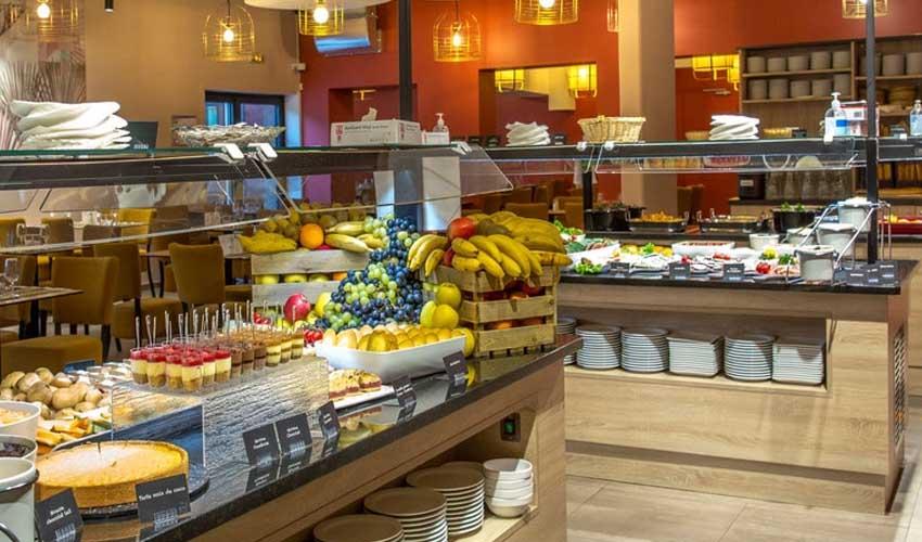 sowell avis le buffet hotel residence petit dejeuner brunch panier repas