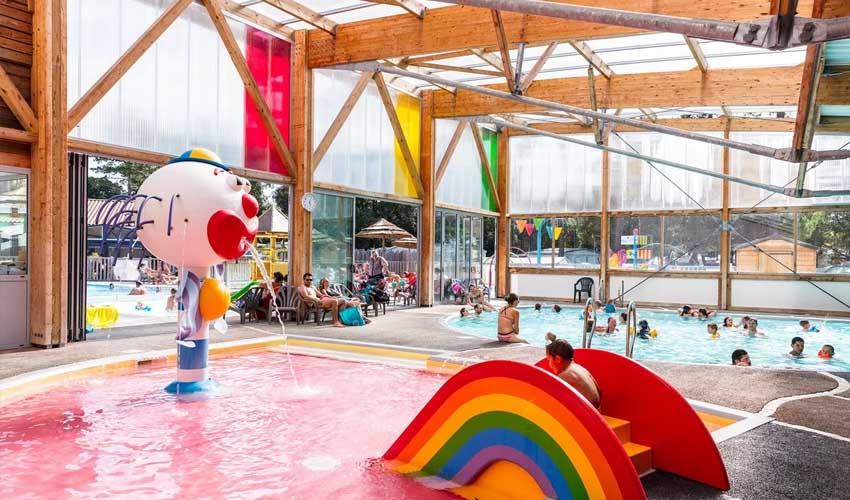 animations enfant camping homair camping signol piscine et jeux aquatiques