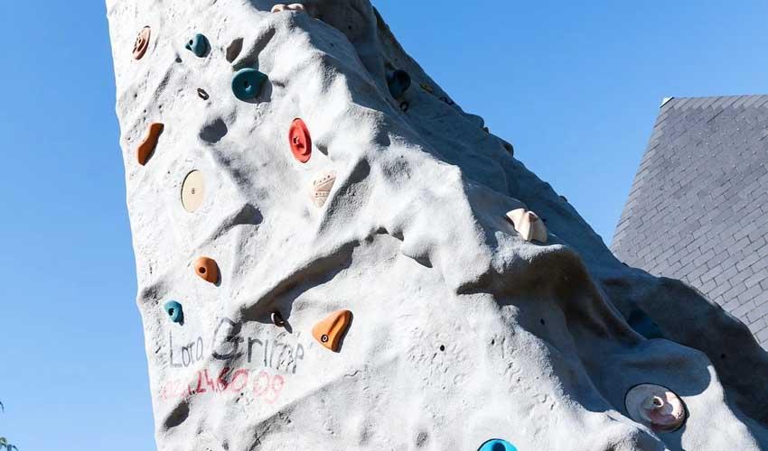 homair camping 5* et sport mur d'escalade camping la vallee
