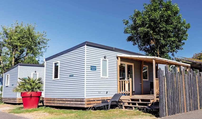 homair camping 5 etoiles et sport le domaine du clarys mobil home premium