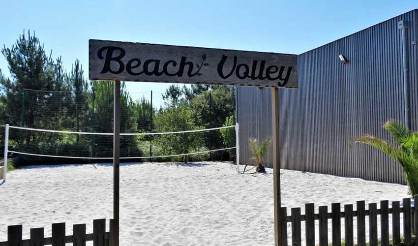 homair camping 5 etoiles et sport le domaine du clarys terrains multisport beach volley