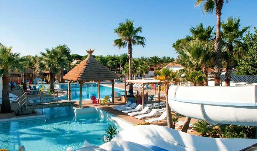 homair campings piscine couverte charlemagne les mediterranees parc aquatique commun avec beach graden