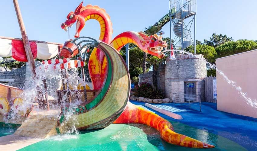 homair campings piscine couverte le domaine de clarys parc aquatique animations enfants
