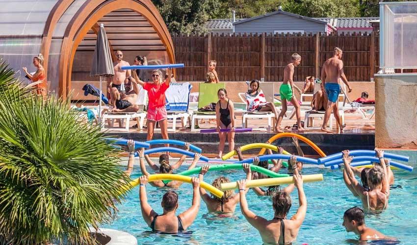 homair campings piscine couverte les acs du verdon animations autour de la piscine