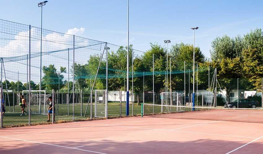 homair visiter italie en famille camping villaggio san francesco terrains de sport et activites
