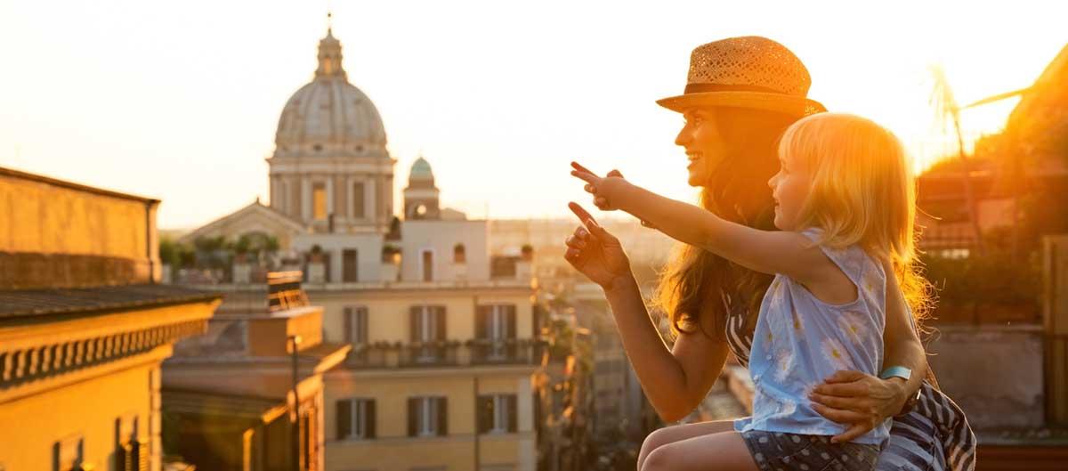 homair visiter italie en famille image principale mere et fille a rome
