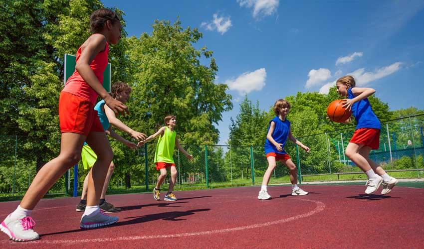 vacances lagrange partenaires les chenes verts partie de basket club enfant*