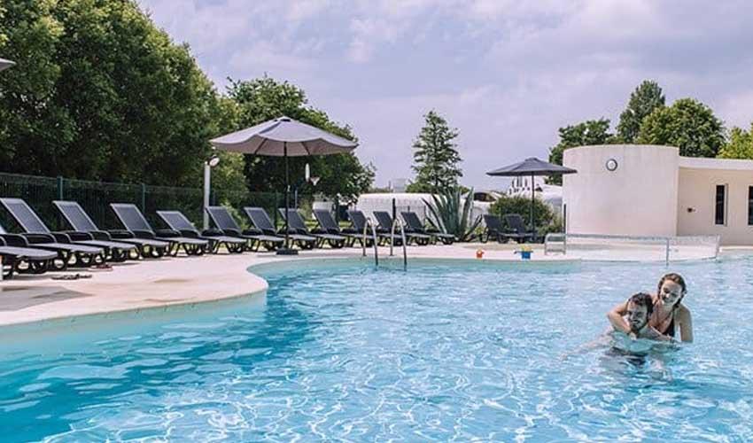vacances lagrange partenaires village club du soleil beg meil piscine