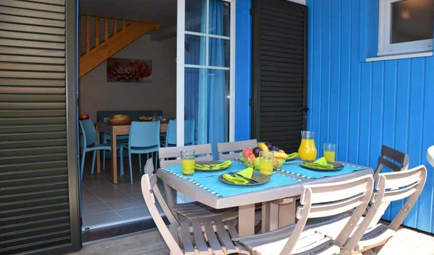 vacances lagrange residences en bord de mer la grenadine logement avec terrasse
