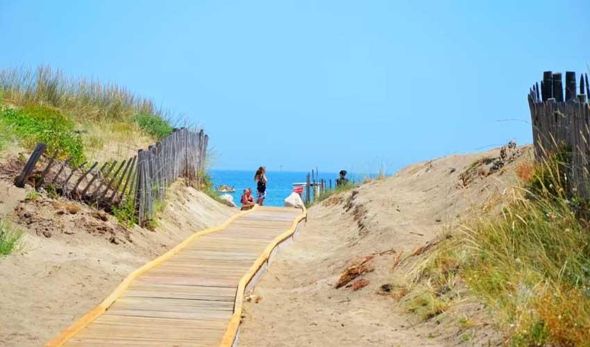 vacances lagrange residences bord de mer la grenadine acces direct plage
