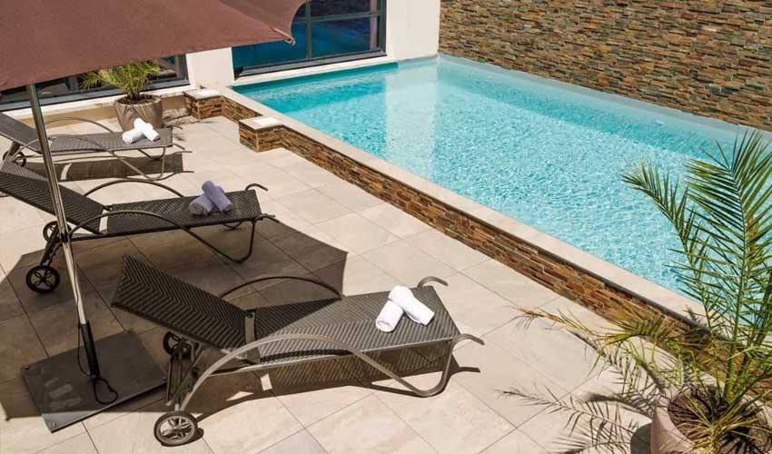 vacances lagrange residences en bord de mer les patios d'eugenie piscine