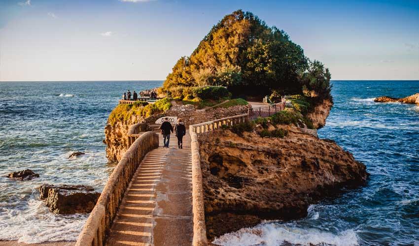 vacances lagrange residences bord de mer les patios d'eugenie biarritz balades au bord de la mer