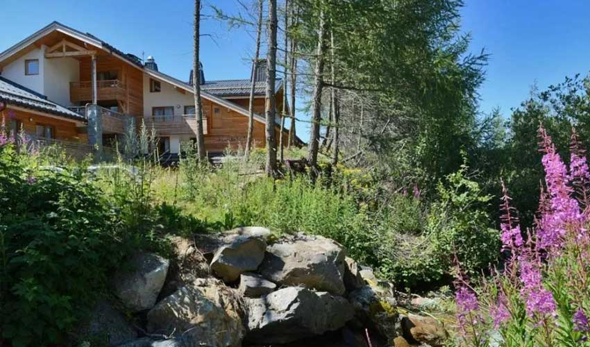 vacances lagrange residences spa l'alpenrose alpes d'huez