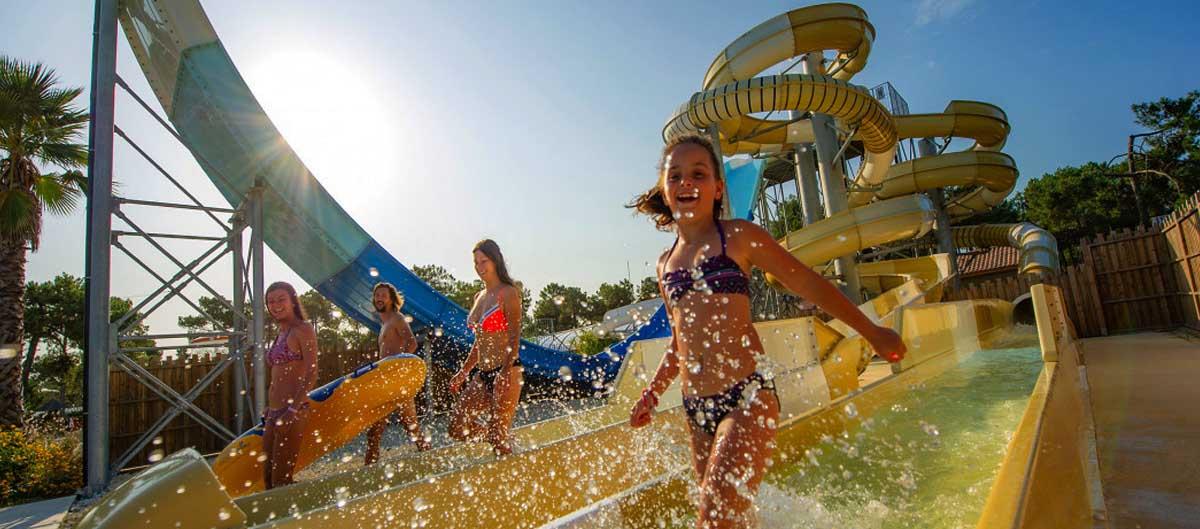 camping parc aquatique tohapi famille piscines