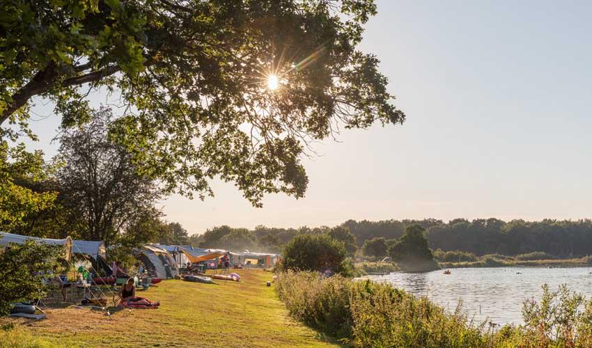 campings pays bas huttopia logements tentes bord de riviere