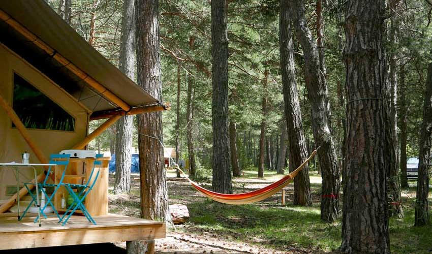 campings pays bas huttopia logements prets a camper