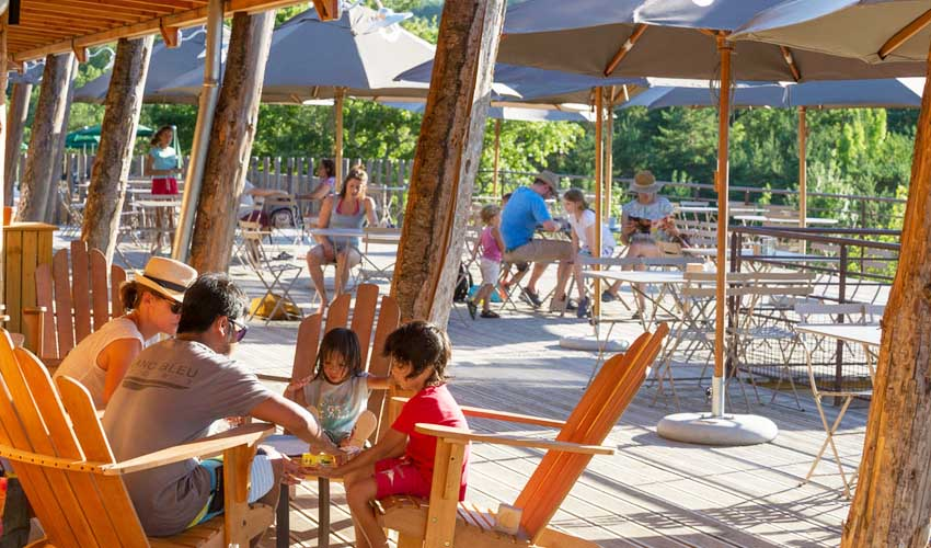 campings pays bas huttopia villages vacances terrasse animations famille
