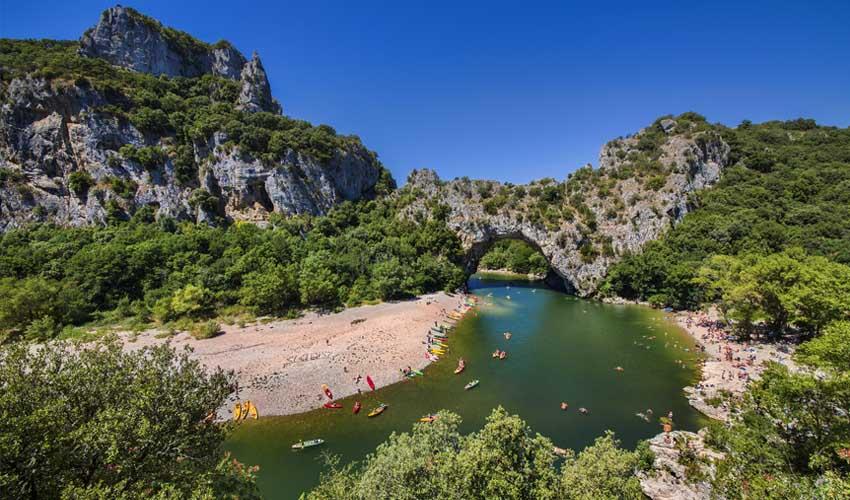 huttopia campings villages lacs sud ardeche les gorges canoe et baignade