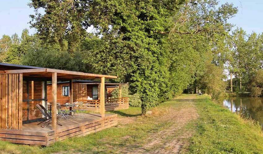 huttopia vacances campagne et terroir campings village baie du mont st michel locations en pleine nature