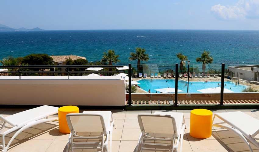 mileade hotels et villages terrasse piscine