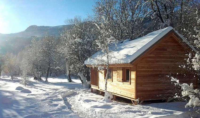vacances hiver huttopia chalets camping divonne les bains montagne ski