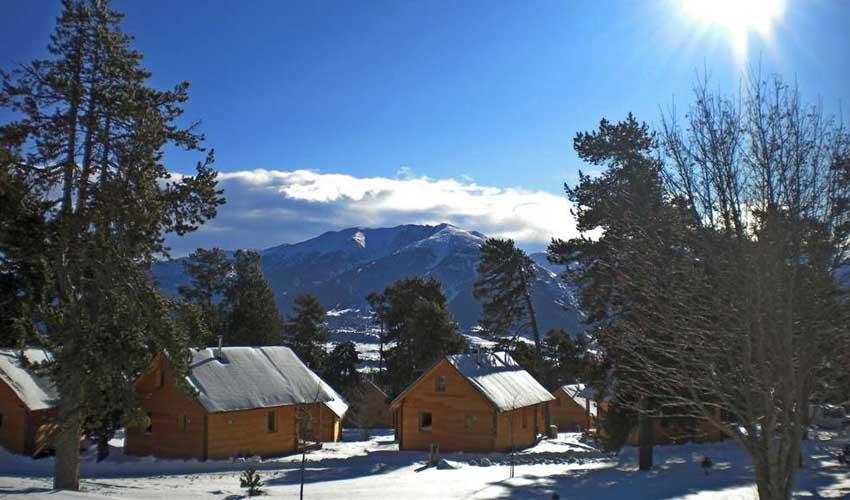 vacances hiver huttopia chalets camping font romeu