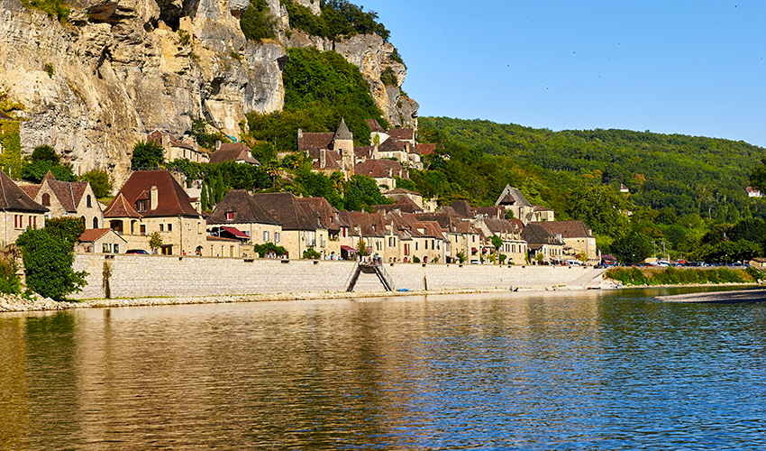 Le joli petit village de Domme en Dordogne