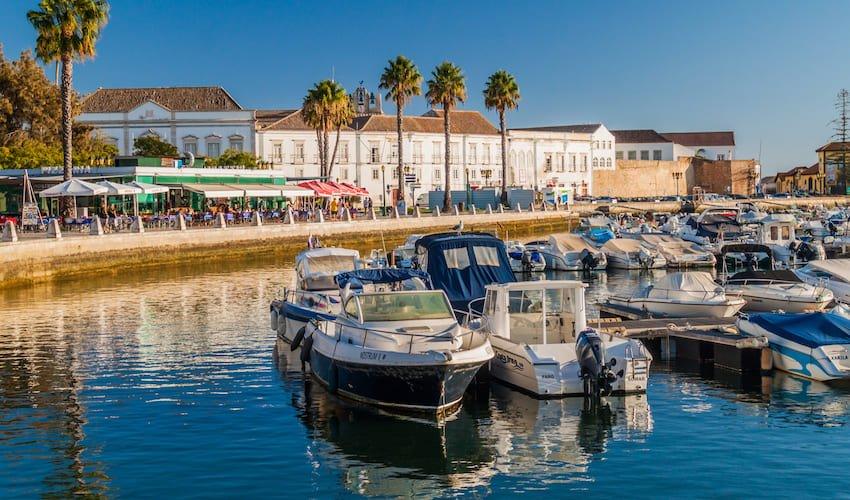 Port de Faro, passage obligé lors d'un voyage au Portugal en club vacances.
