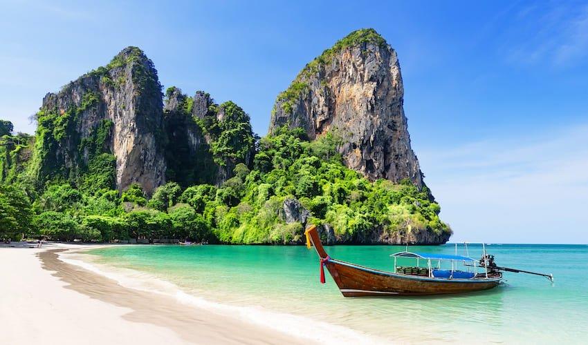 Paysage idyllique sur l'ile Thailandaise d'Ao Nang