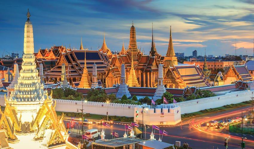 Bangkok à la tombée de la nuit.