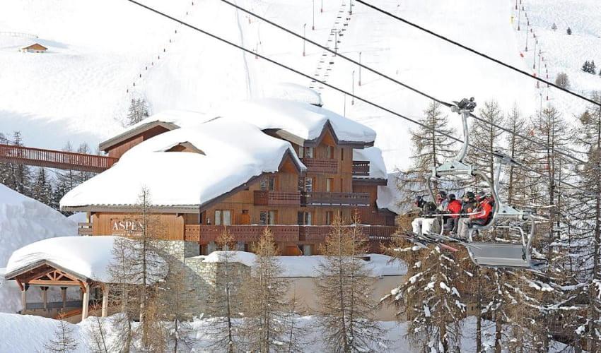 Une résidence Skissim Premium aux pieds des pistes.